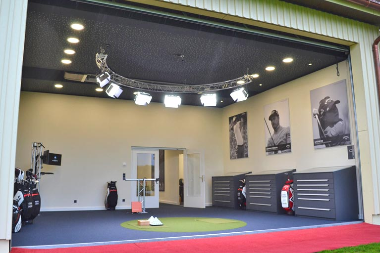 Lighting Systems for Golf Club Studio Installation by Mia